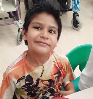 Joshua photo cropped Pasitos de Luz