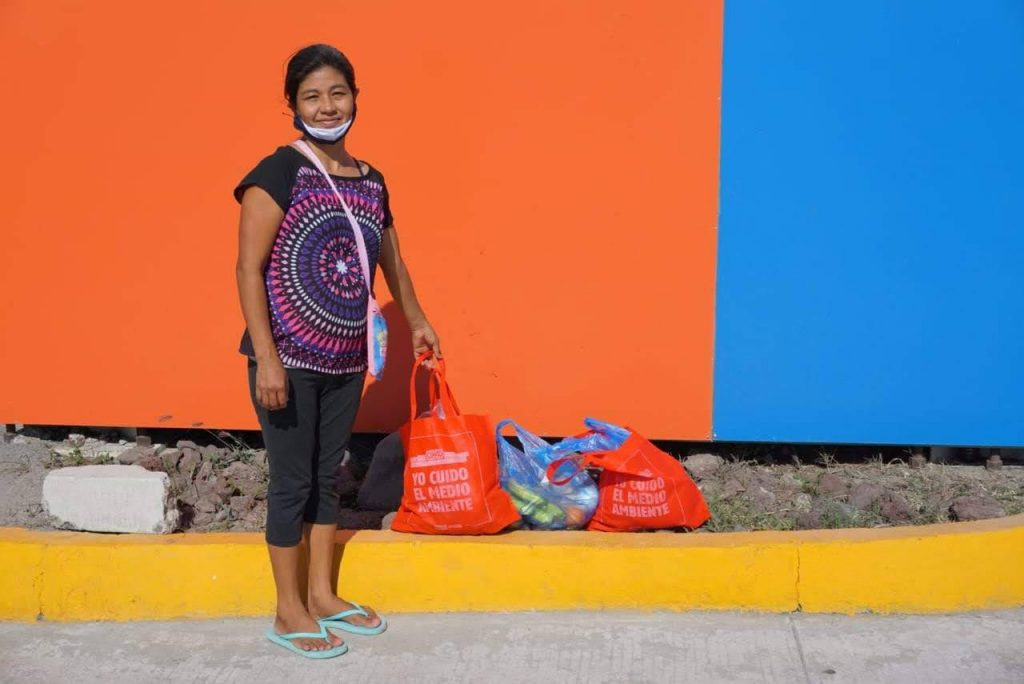 Pasitos has helped families with food parcels